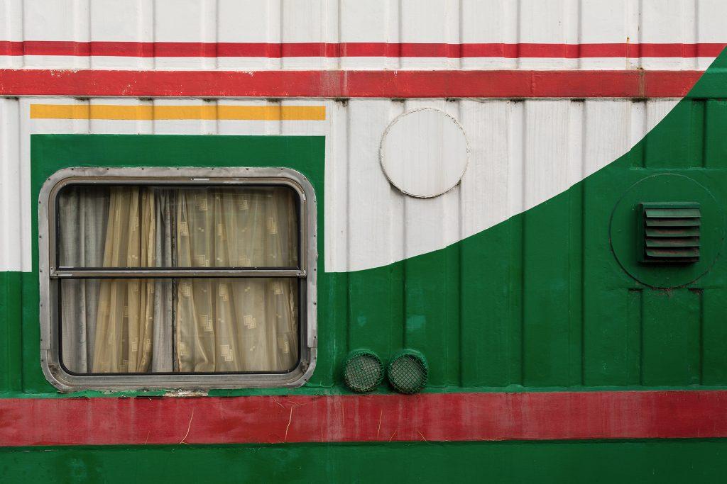 Minimalist photography: Colorful Ship