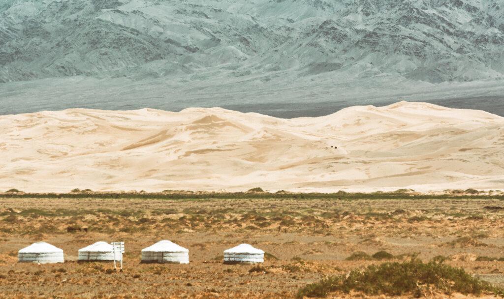 minimalist landscape - gobi desert