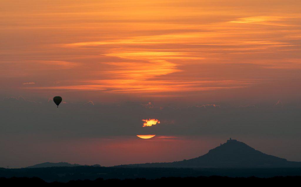 minimalist landscape sunset