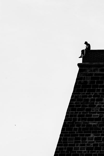 Minimalistický Fotoobraz - Muž na zdi